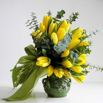 yau flori_buchet cu lalele galbene