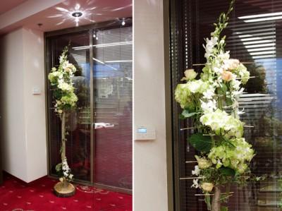 yau flori+yau evenimente_structuri cu flori_miscare in doi international iasi