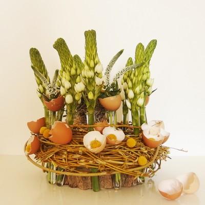 yau flori_aranjament pentru masa de paste