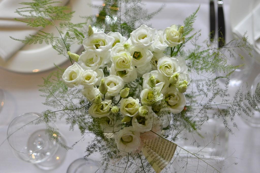 White geometry 2015 | flori pentru botez