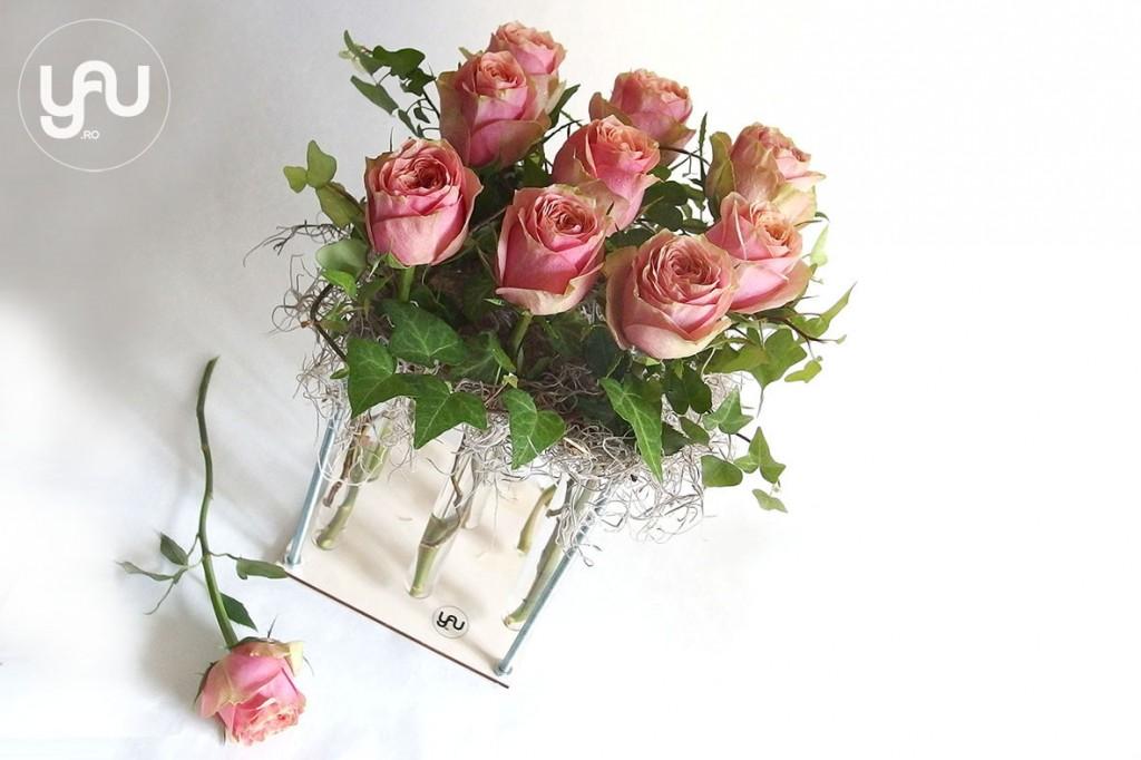 yau concept_yau flowers_yau events_trandafiri intr-un suport yau din lemn