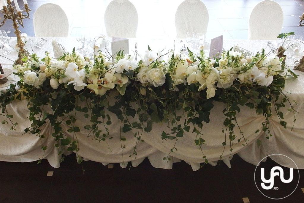 flori evenimente ALBE _ aranjament floral prezidiu _ yauconcept _ yauevenimente 2016 _ elenatoader (2)