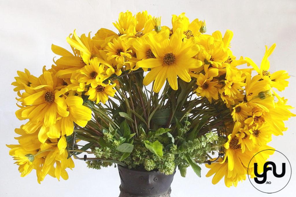buchet-flori-galbene-rudbeckia-busuioc-_-yauconcept-_-elenatoader-1