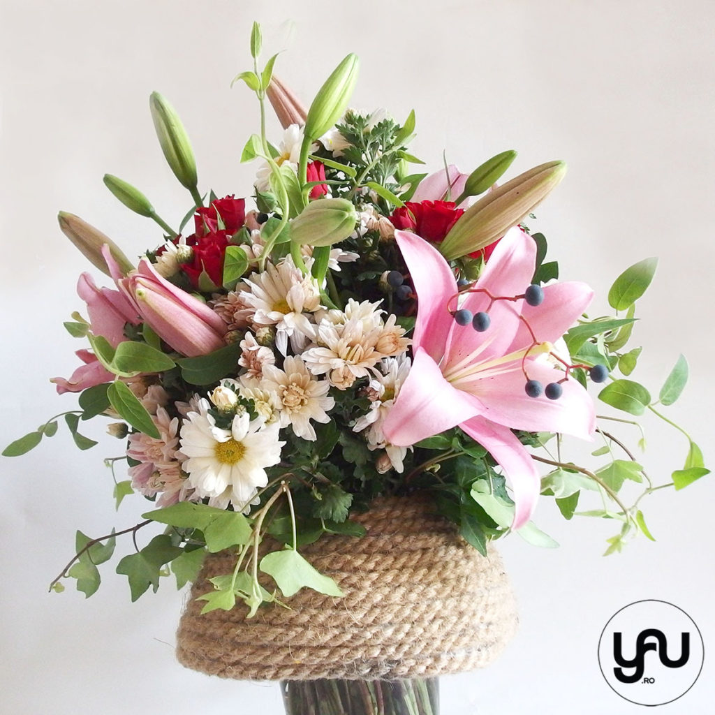 buchet-TOAMNA-crini-crizanteme-trandafiri-tros-_-yauconcept-_-elenatoader-3