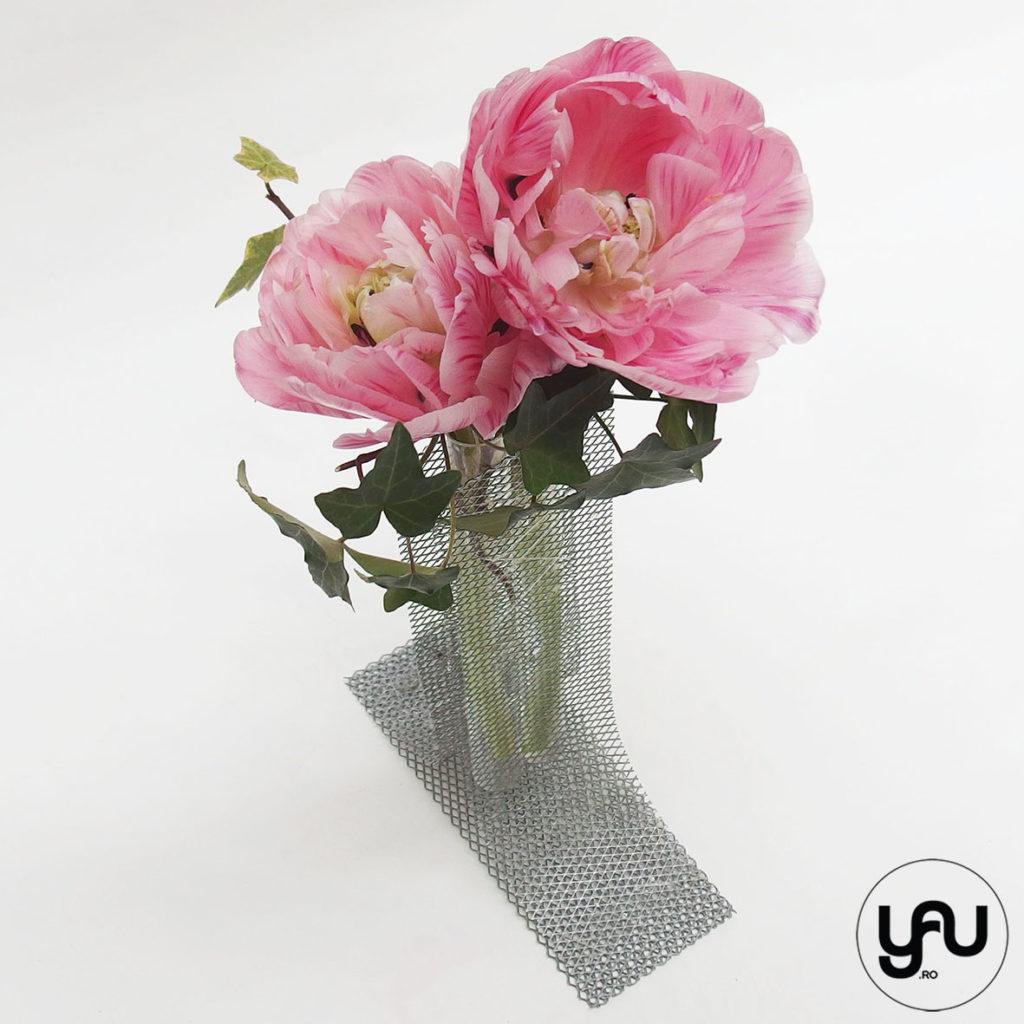 Lalele batute ROZ in suport floral YaU metalic _ yauconcept _ elenatoader