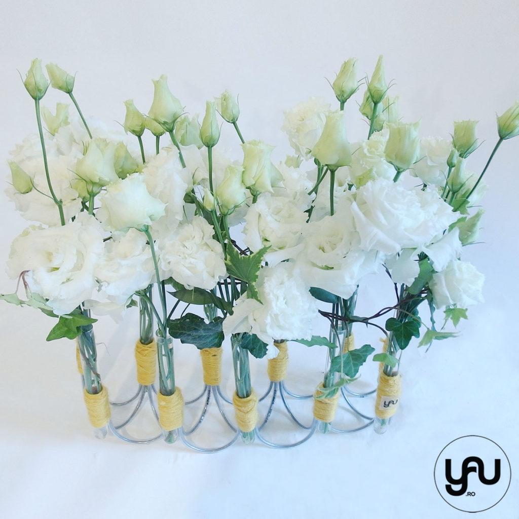 Flori albe si structuri YaU din sarama si lana YaUconcept ElenaTOADER