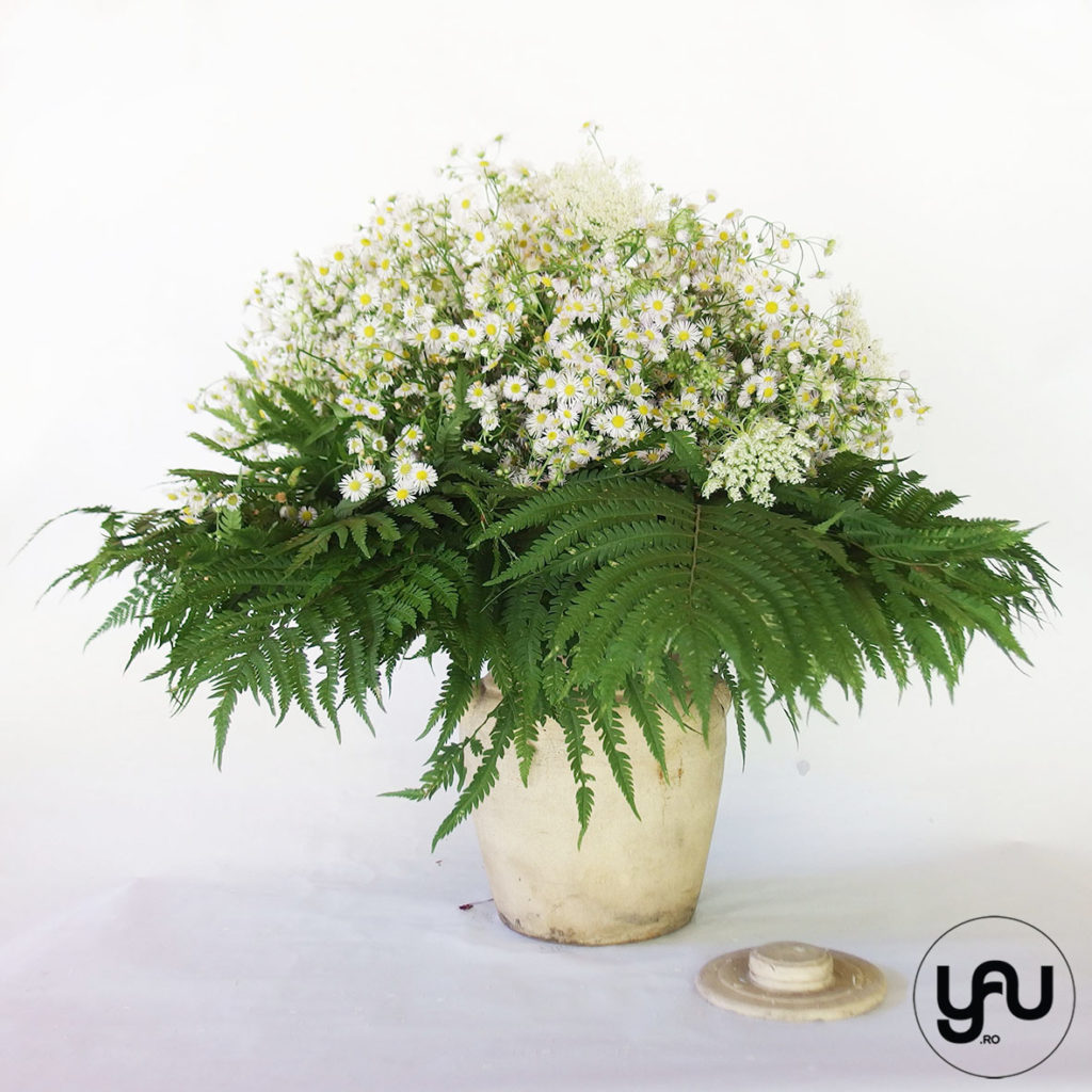 White and Green bouquet YaUconcept ElenaTOADER