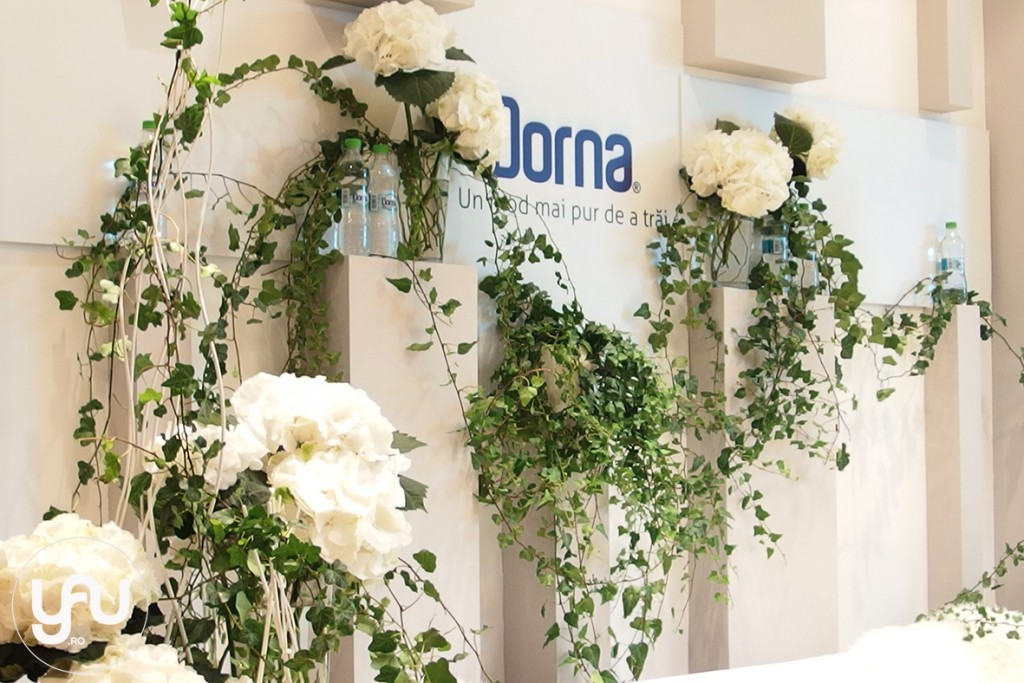 yau concept _ yau blog _ yau flowers _ all white for Dorna