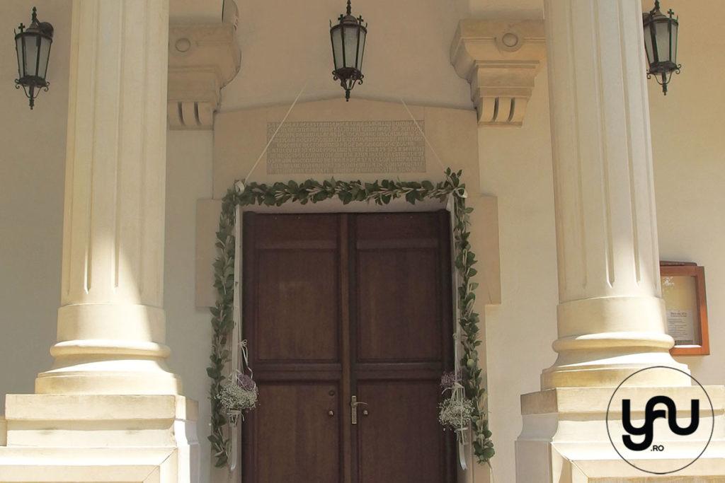 Decor biserica _ ghirlanda cu grau si salal _ yau concept _ elena toader (1)