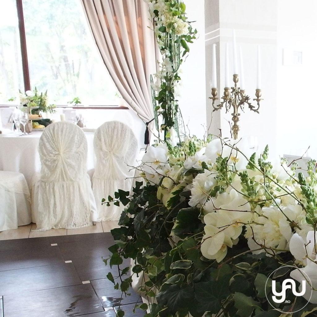 flori evenimente ALBE _ aranjament floral prezidiu _ yauconcept _ yauevenimente 2016 _ elenatoader (1)