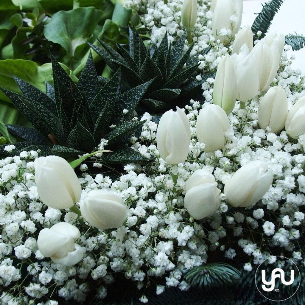 coroana-funerara-patrata-_-flori-funerare-_-yauconcept-_-elenatoader-2