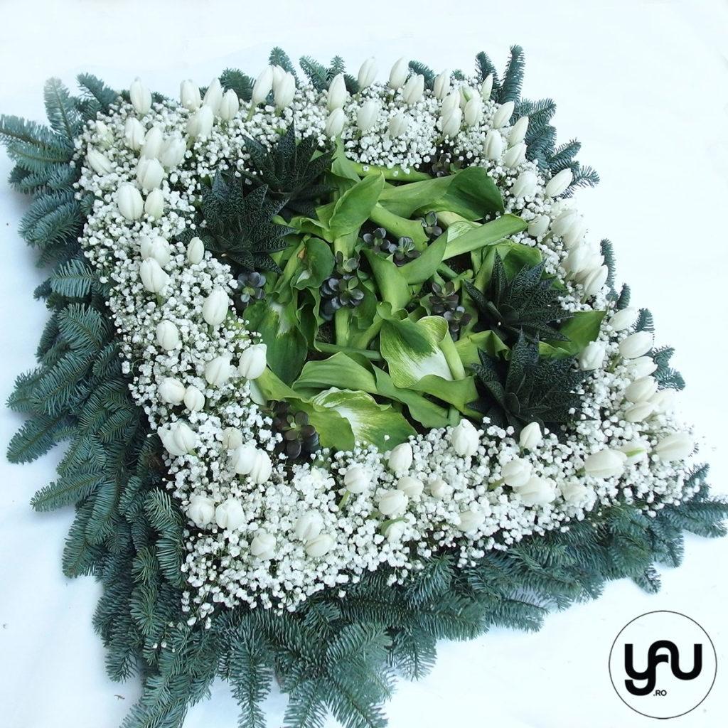 coroana-funerara-patrata-_-flori-funerare-_-yauconcept-_-elenatoader-4