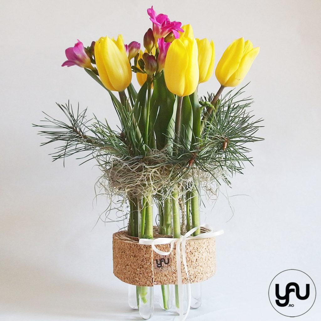 Aranjament floral FREZII si LALELE _ yauconcept _ elenatoader