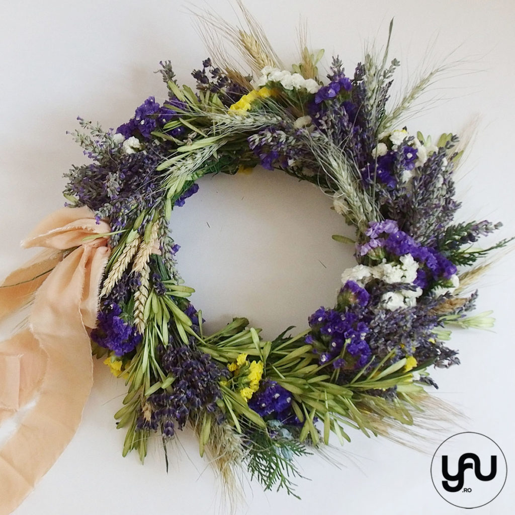 Flowergirl coronita cu flori albastre YaUconcept ElenaTOADER