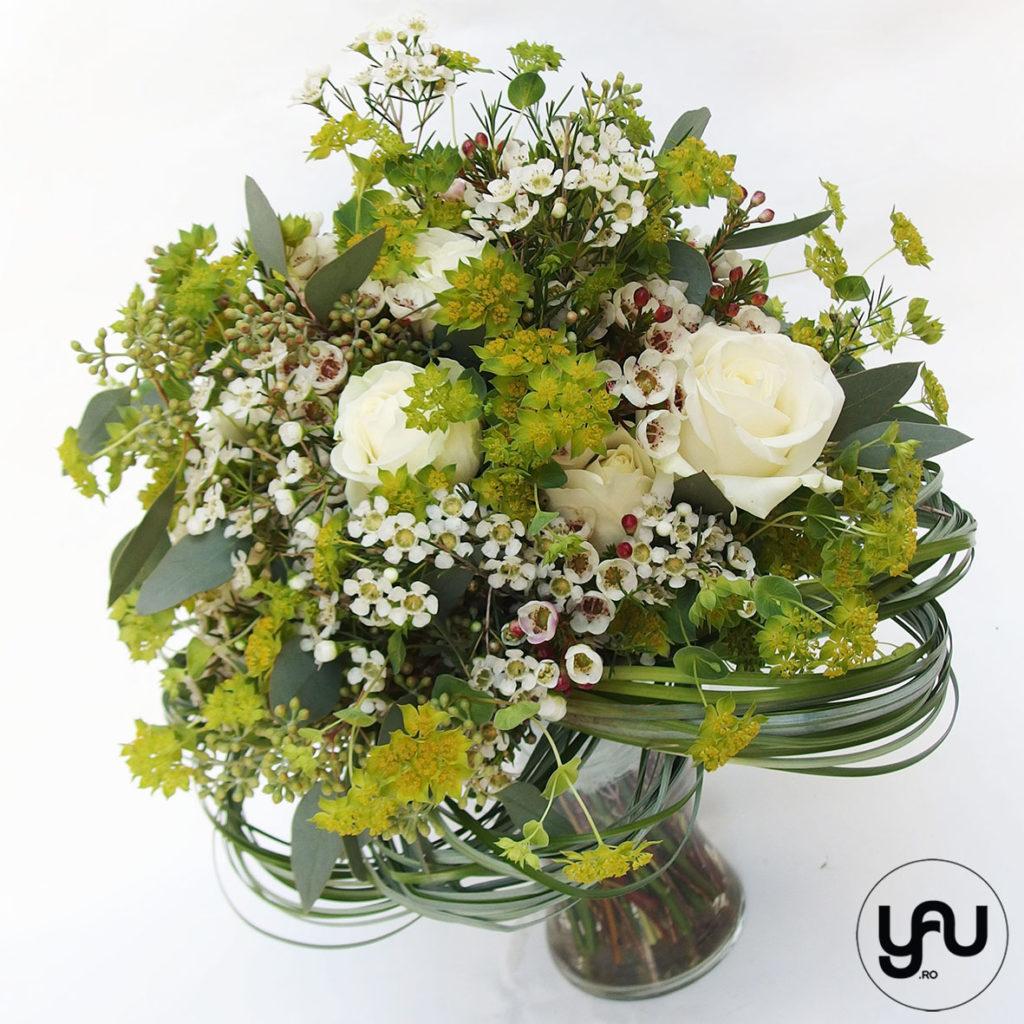 Buchet flori albe si verzi YaUconcept ElenaTOADER