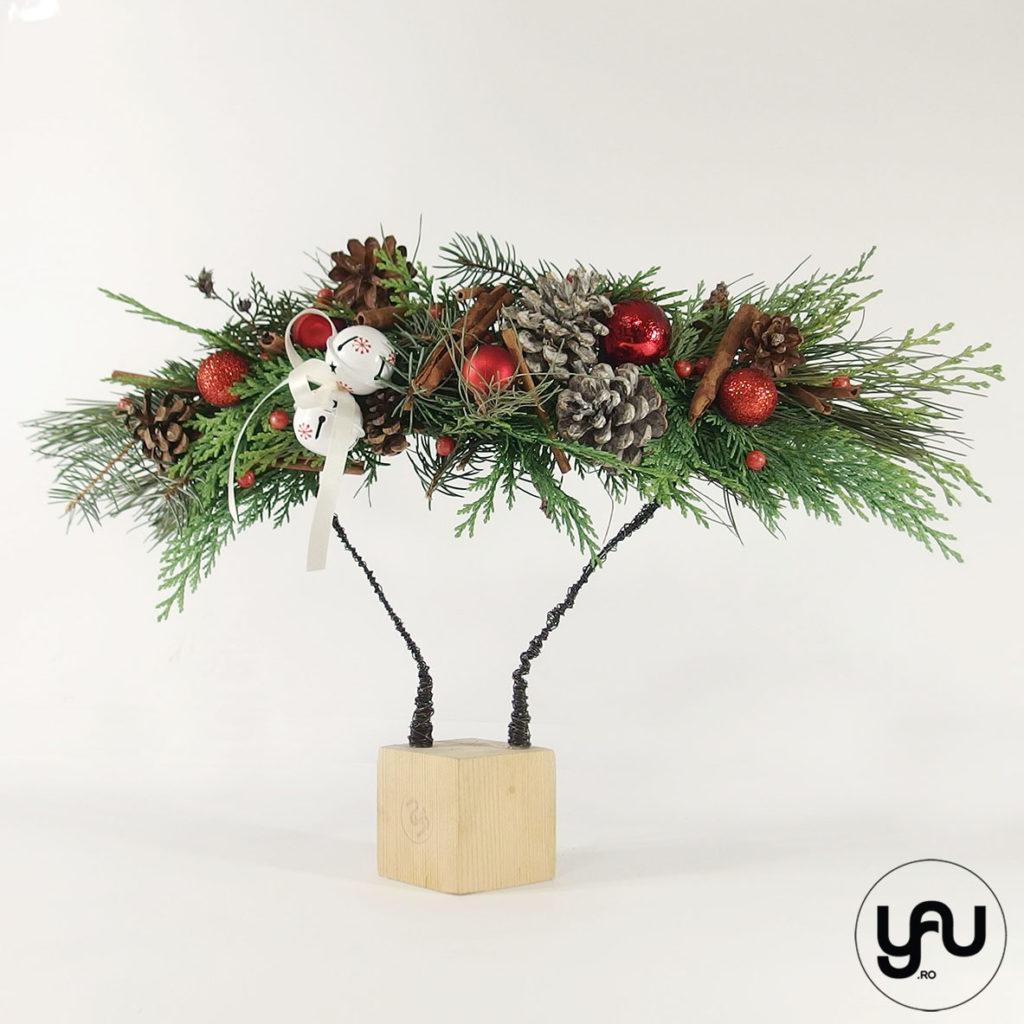 Aranjament floral CRACIUN globuri conuri scortisoara | YaU Craciun 2019 yau.ro yau concept elena toader