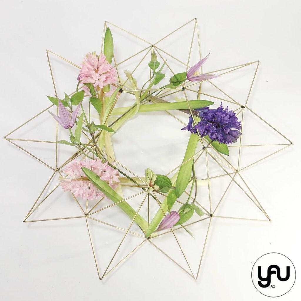 Cununa geometrica cu zambile si clematis yau.ro yau concept Elena Toader