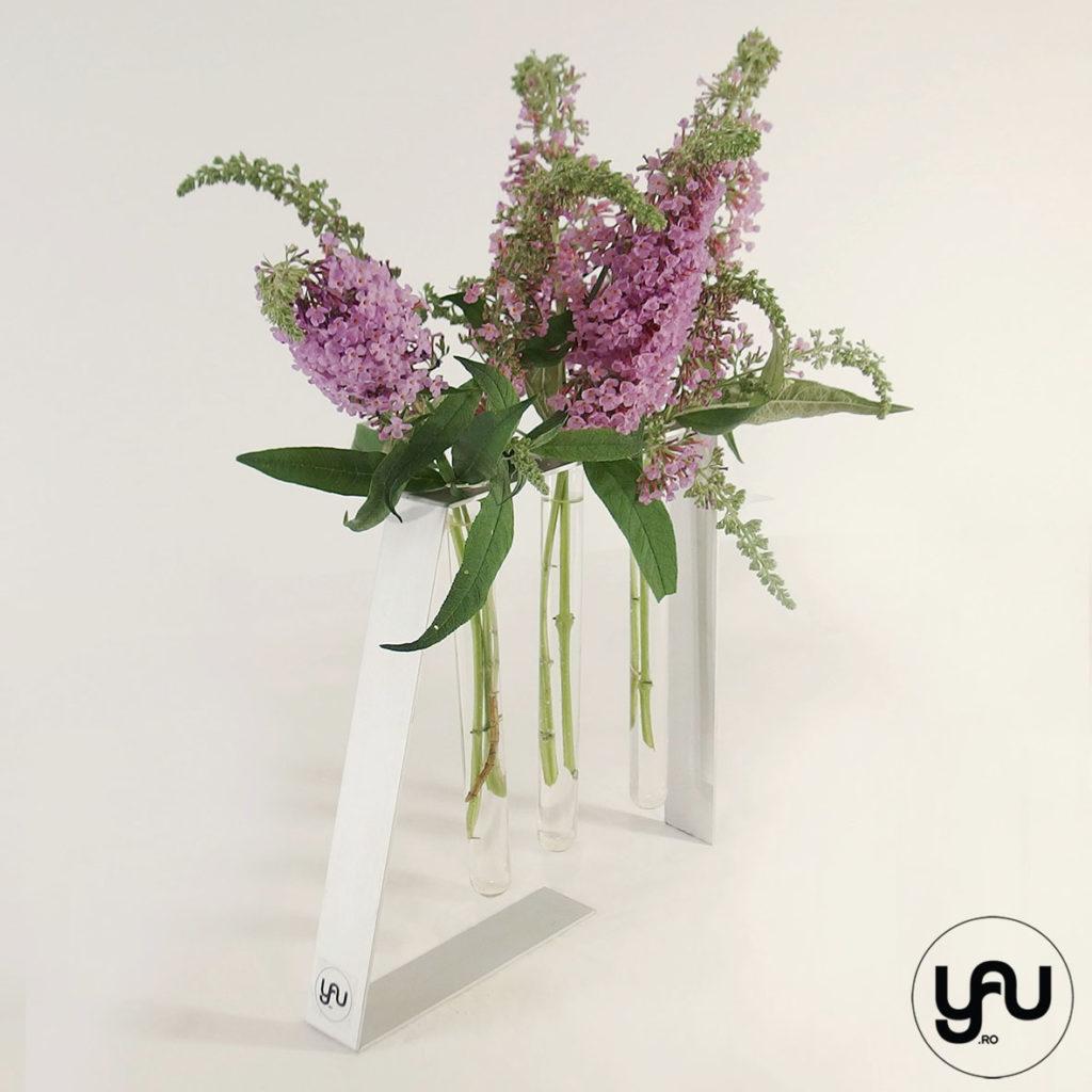Flori de vara VIOLET florile fluturilor yau.ro yau concept elena toader