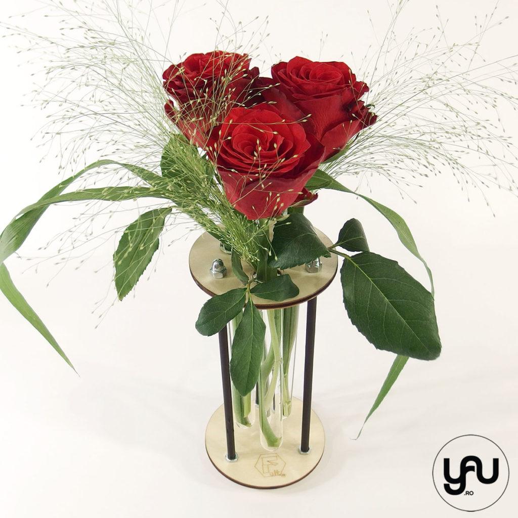 Aranjamente trandafiri in structuri geometrice altF.ro | CERC yau.ro altF.ro Elena Toader