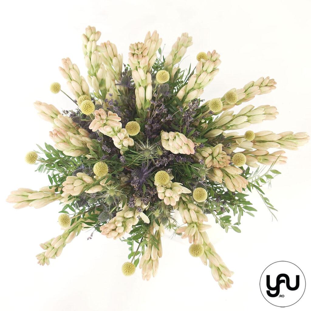 Buchet tuberoze lavanda craspedia si eryngium