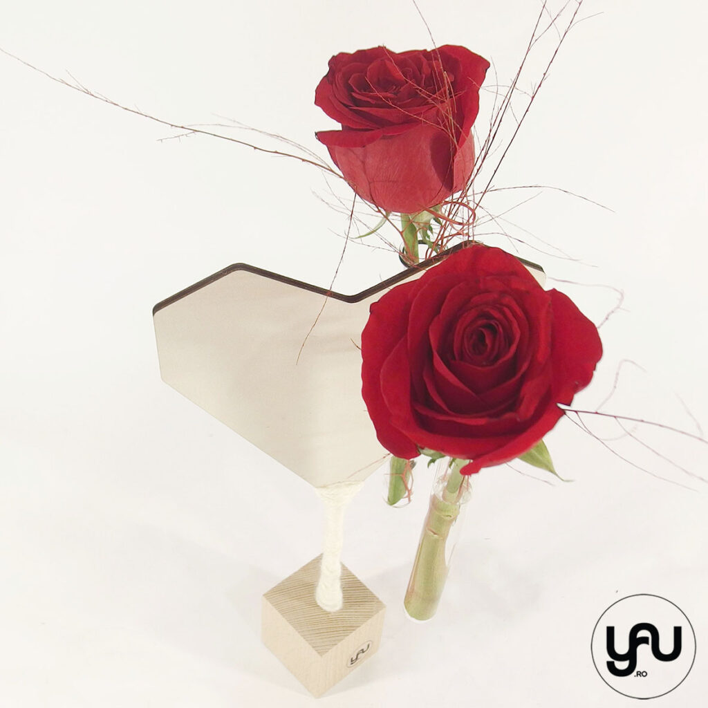 LOVE aranjament trandafiri rosii ziua indragostitilor YaU Concept Elena Toader