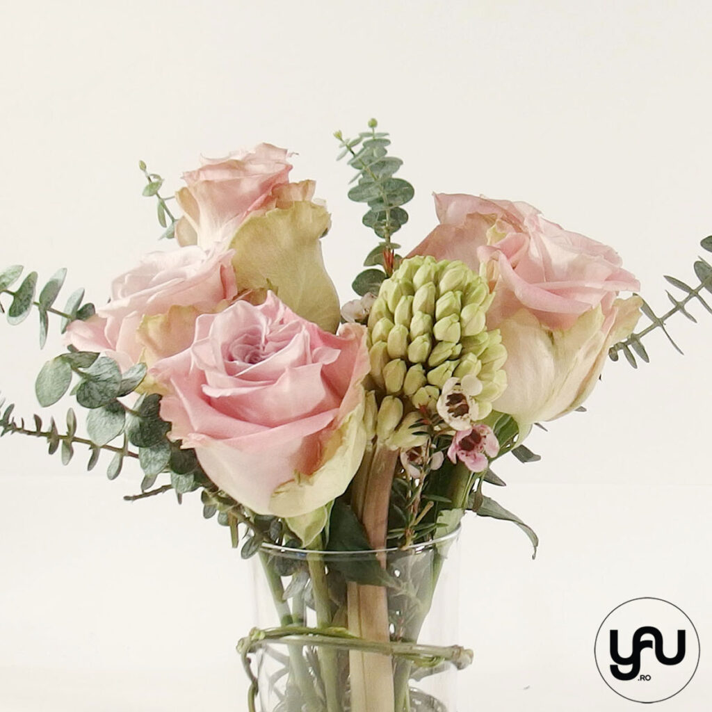 Flori ROZ - zambile si trandafiri