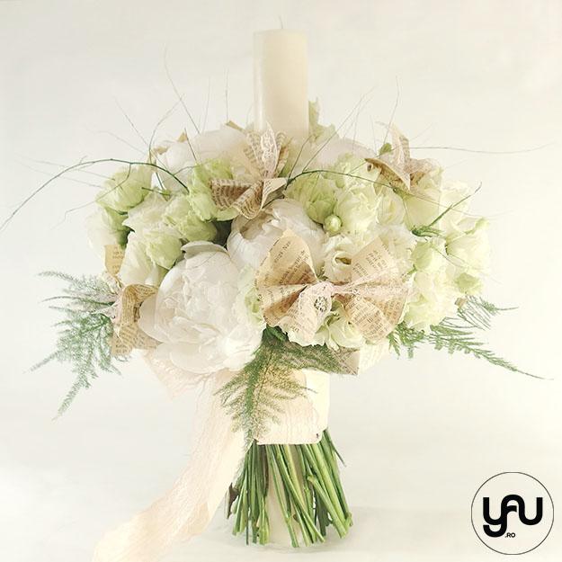 Lumanare botez cu flori albe bujori hortensii lisianthus