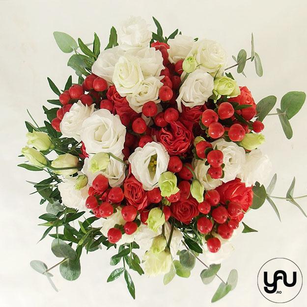 Flori albe si rosii