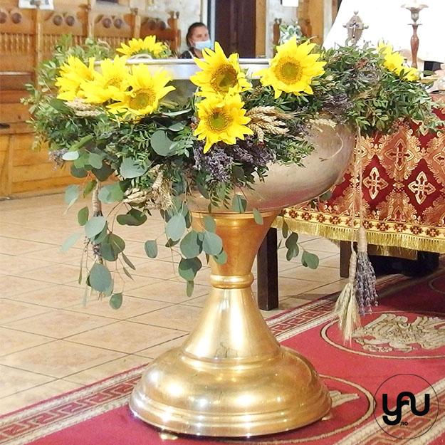 Ghirlanda cristelnita VERDE cu floarea soarelui, grau si lavanda